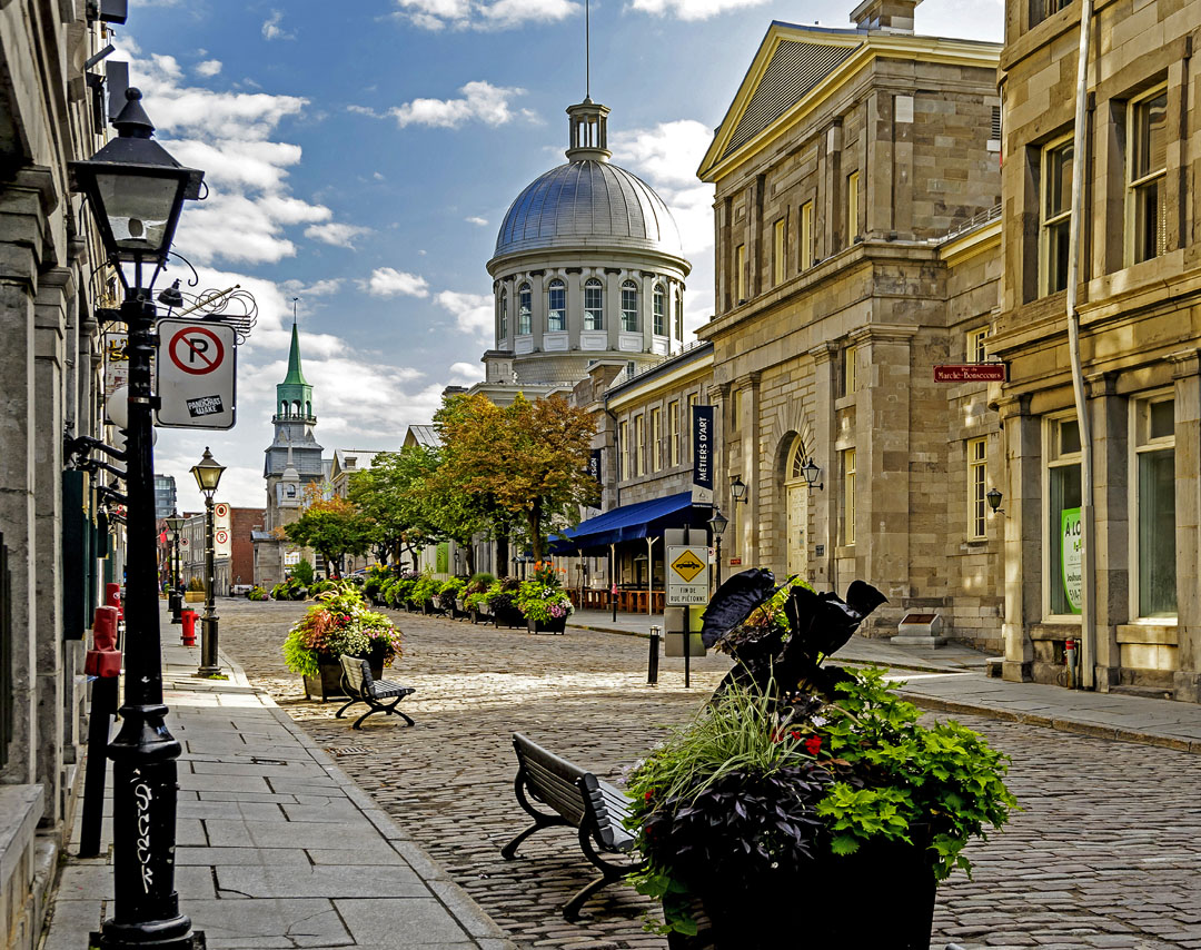 Flights from Ho Chi Minh City to Montreal as low as ₫22,120,612